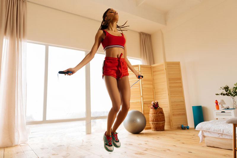 Corde à sauter - Quel sport à la rentrée ?   Stimium Sport Nutri-Protection